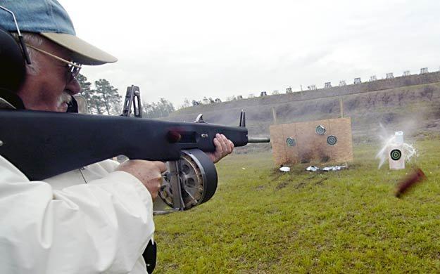AA-12 Automatic Shotgun-aa-12-shotgun2.jpg